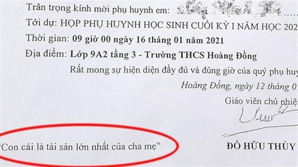 Thầy giáo viết giấy mời lạ: 'Không đáng phê bình nhưng...'