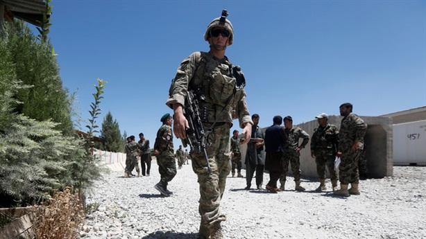 Mỹ sẽ không rút toàn bộ khỏi Afghanistan, Taliban đe dọa