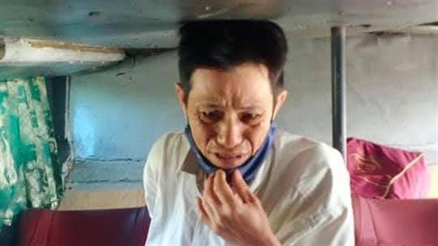 Anh phụ hồ khóc vì mất sạch tiền Tết: Kết vỡ òa
