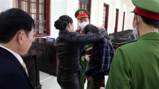 Vợ xin giảm án cho người chồng định hạ độc mình