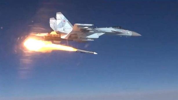 Indonesia có học theo Ấn Độ mua vũ khí Nga?