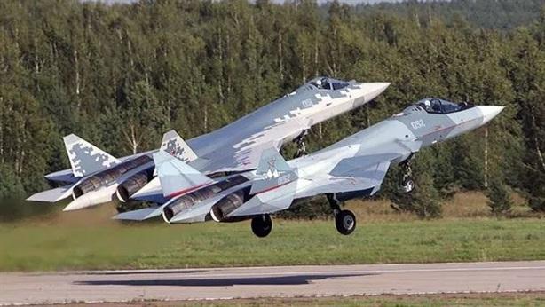 Nhiệm vụ đặc biệt của Su-57 khi mang tên lửa tầm xa