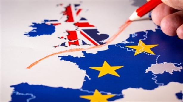 Anh đòi thiết lập quan hệ lại với EU