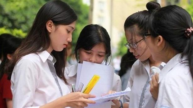 Tranh cãi quy định tuyển sinh lớp 10 Hà Nội: Hiểu nhầm?