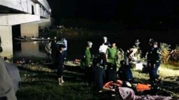 Tài xế đâm học sinh rơi xuống sông: Cứu xong bỏ đi