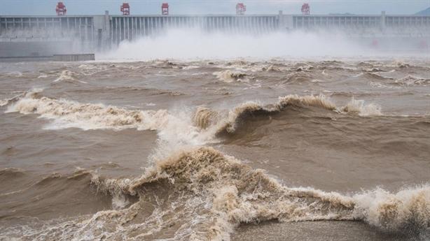 Nước sông Dương Tử giảm dần: Thủy điện, chuyển nước góp phần