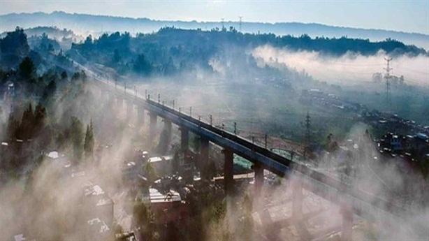 Trung Quốc làm đường sắt Tây Tạng đắt hơn đập Tam Hiệp