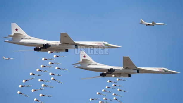 Chuyên gia Mỹ: Tu-160 tấn công mạnh ngang ICBM