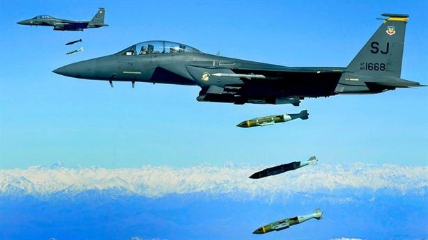 Không quân Mỹ yếu đuối và quá tải?