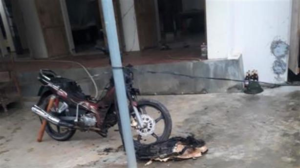 Con dâu đốt nhà vì bố chồng nói xấu trước mặt khách