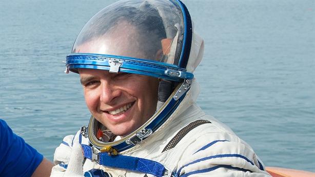 Mỹ đưa phi hành gia Nga lên tàu SpaceX