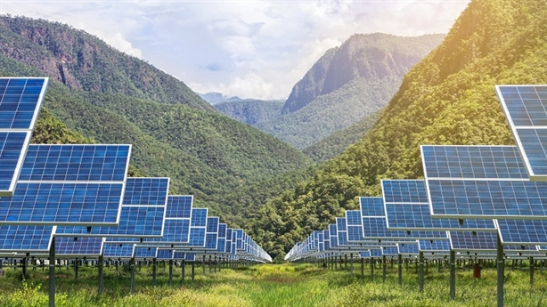 Cắt giảm công suất năng lượng tái tạo: Có phải nghịch lý?