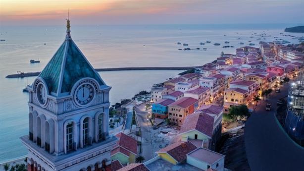 Nam đảo - tâm điểm của du lịch nghỉ dưỡng và đầu tư
