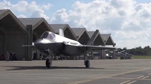 Nuôi lực lượng không quân lớn tốn kém đến mức nào?