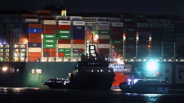 Hải quân Mỹ giúp giải phóng kênh đào Suez, Nga mở lời