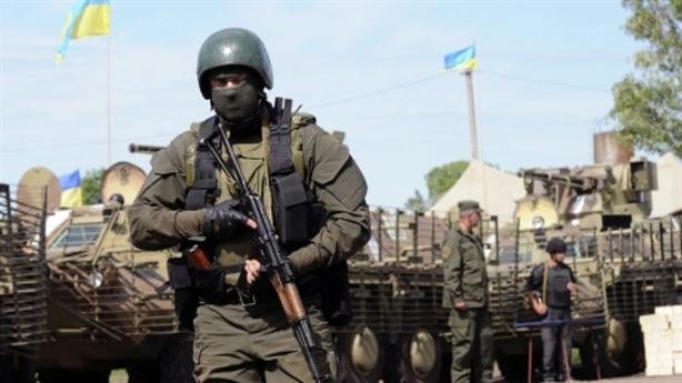 Mục đích thật sự của Ukraine khi dậm dọa Donbass