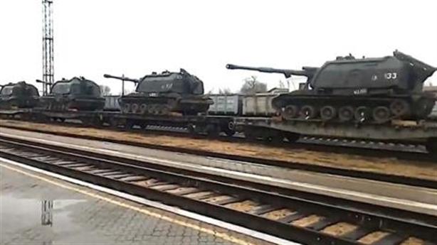 Nga chuẩn bị pháp lý chờ khi Ukraine tấn công Donbass