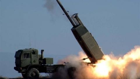 Mỹ ồ ạt đưa tên lửa chiến thuật tới viện trợ Ukraine
