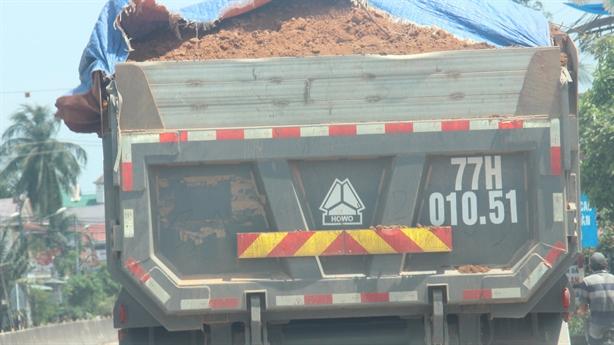 Xe quá tải tung hoành ở Bình Định: Giải thích nóng
