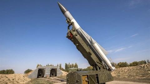 Tên lửa Syria nổ sát lò phản ứng Dimona của Israel