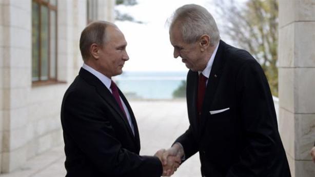 Nga phản ứng khi Séc đổi lời về căng thẳng ngoại giao