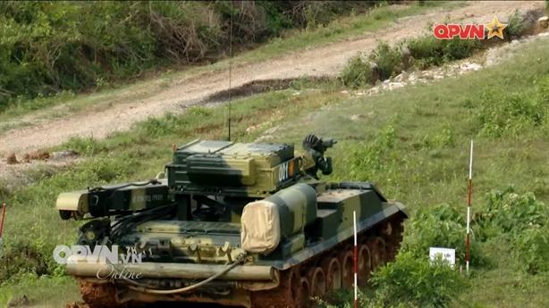 Vai trò bất ngờ của xe cứu kéo BREM-1M Việt Nam