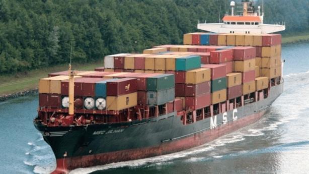 Các hãng tàu tiếp tục tăng cước phí: Nghi vấn bắt tay?