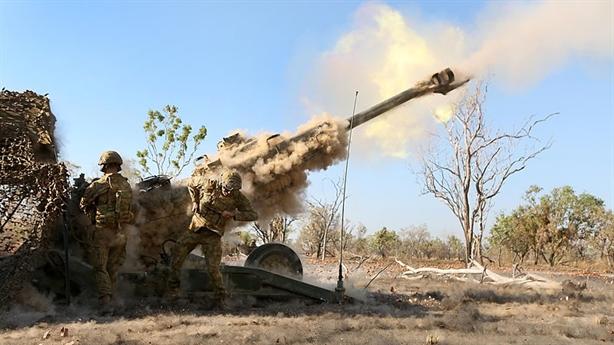 Mỹ dùng siêu đạn pháo cùng Nhật tập chiếm đảo