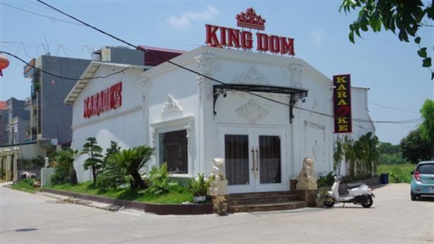 Hải Dương: Quán karaoke đục tường đón khách hát giữa tâm dịch