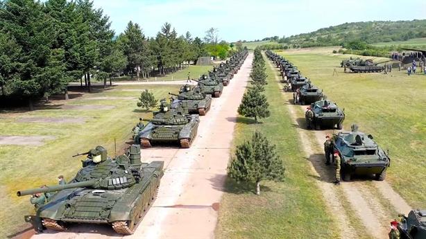 Hàng chục xe tăng được Nga tặng miễn phí cho đồng minh