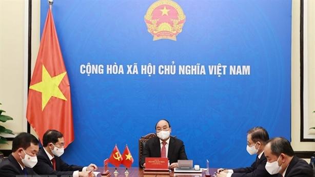 Chủ tịch nước điện đàm với ông Tập Cận Bình