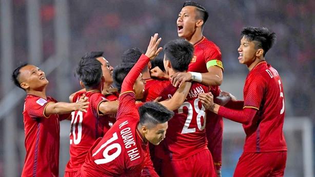 Việt Nam đấu Jordan: HLV Park Hang Seo tung chiêu dùng người