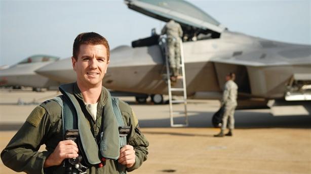 Sức mạnh khẩu súng phi công F-22 mang theo