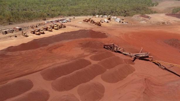 Doanh nghiệp Việt mua mỏ quặng sắt tại Úc: Sáng suốt