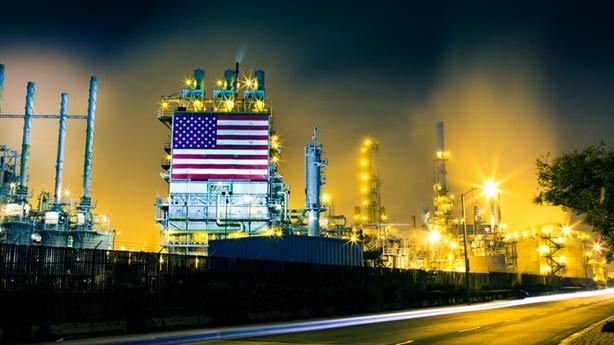Vì sao Mỹ nhập khẩu dầu Nga cao kỷ lục?