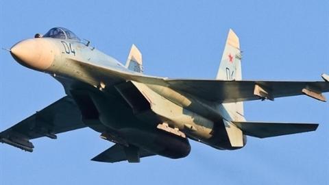 F-35 không kịp phản ứng khi Su-27 Nga xuất hiện