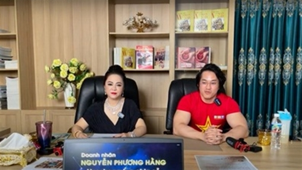 Bà Phương Hằng bị kiện 1.000 tỷ: Lời ngược xuôi
