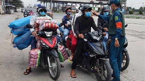 Cách ly người về từ TP.HCM: Đồng Nai họp khẩn