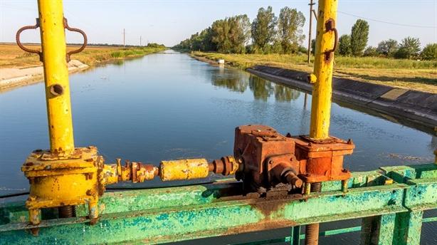Kiev đề nghị đổi Donbass lấy nước ngọt cho bán đảo Crimea?