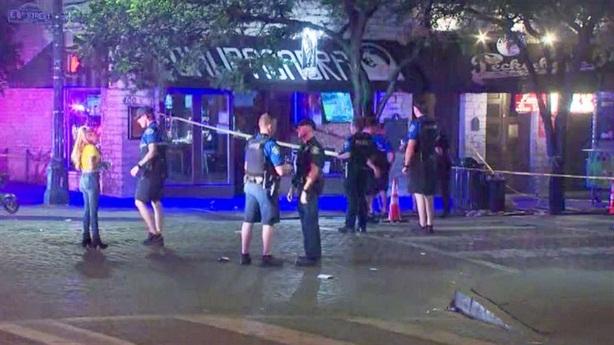 Xả súng hàng loạt ở Texas, 13 người bị thương