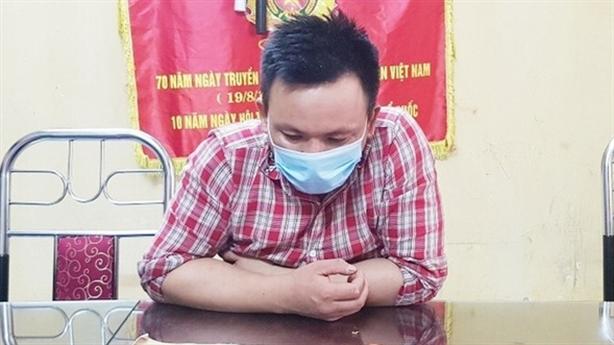 Thanh niên dương tính SARS-COV-2 thách thức cán bộ chốt kiểm dịch
