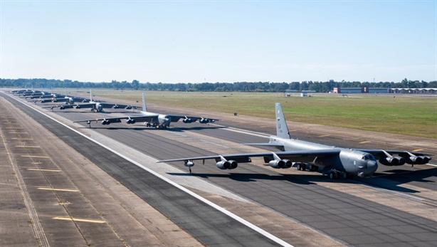 Mỹ nâng cấp B-52H duy trì hoạt động đến...100 tuổi