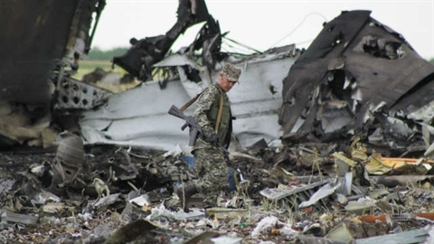 Il-76 bị bắn rơi tại Lugansk chở lính đánh thuê NATO?