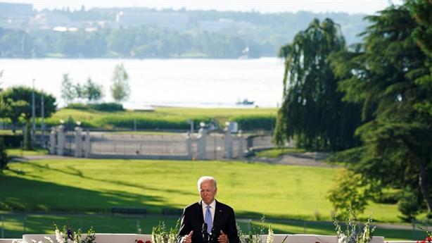 Ông Biden không gây áp lực, không ra tối hậu thư Putin