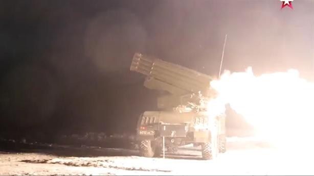 Tính năng kinh ngạc của pháo phản lực Nga