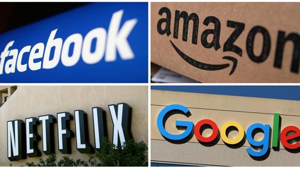 Quyết thu thuế Google, Facebook...: Khó cũng phải làm!