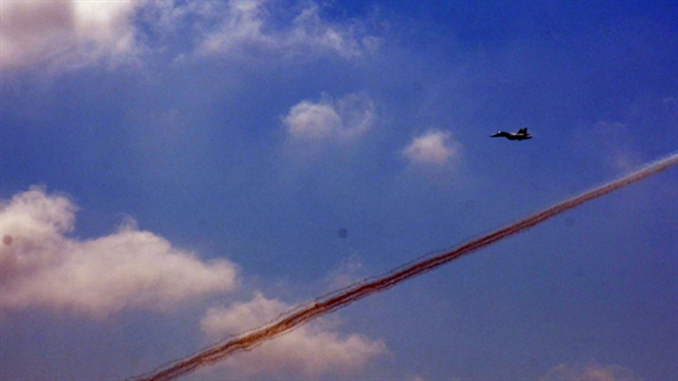 Su-30MK2 Việt Nam diệt mục tiêu trong diễn tập