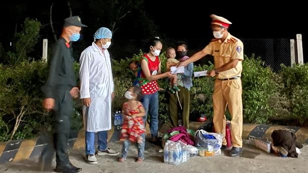 Tâm sự người chồng bỏ quên vợ con ở Thừa Thiên -Huế