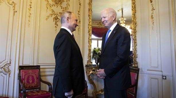 Thay đổi chiến thuật của ông Biden trong trừng phạt Nga