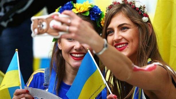 Ông Poroshenko tranh cãi về nơi người Ukraine thuộc về
